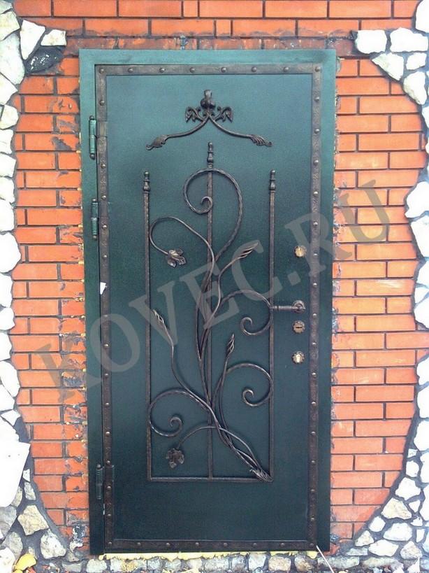 изготовление металлических кованных дверей